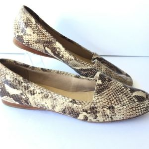 Joan and David Sz 9.5 Lucia Slip On Loafer